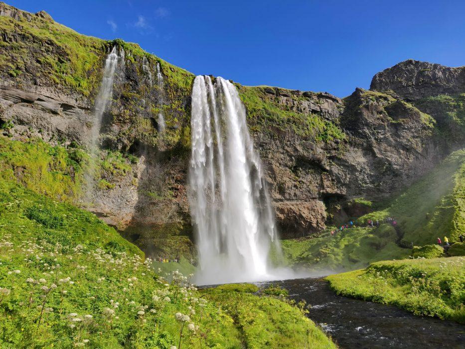 172707 Seljalandsfoss la piu bella cascata islandese