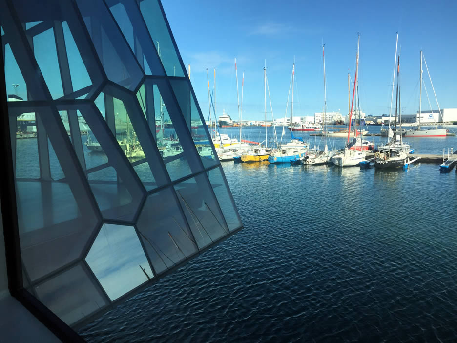 Harpa - la vista del porto