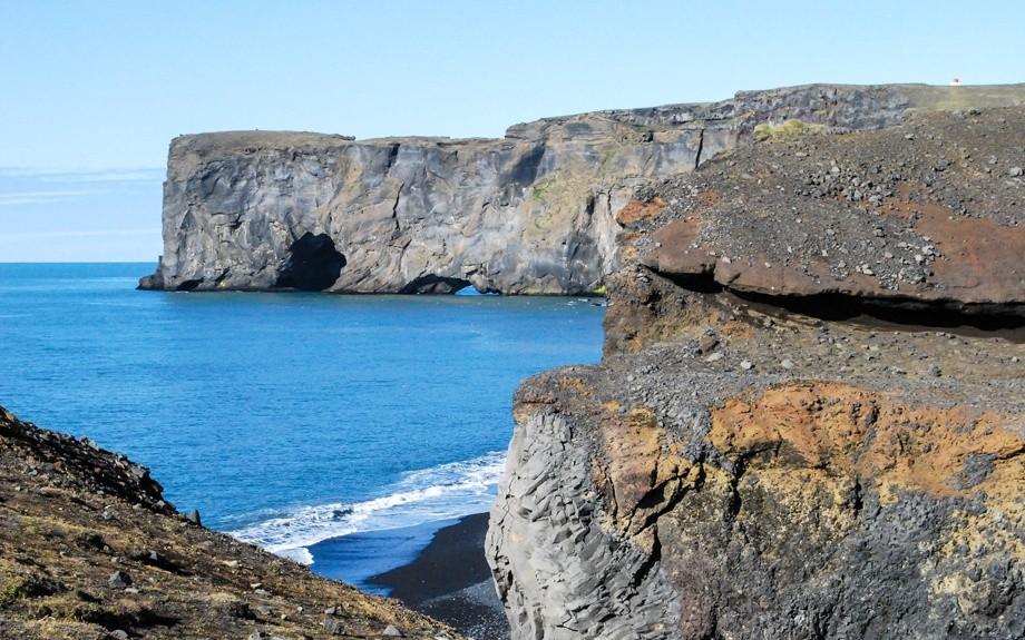 arco di Dyrholaey in Islanda
