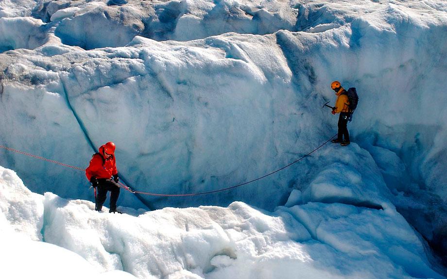 arrampicate sul ghiaccio islandese