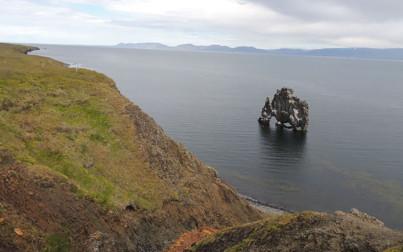 Veduta del faraglione di Hindisvik nella penisola di Vatnsnes - f.to by Marco C.