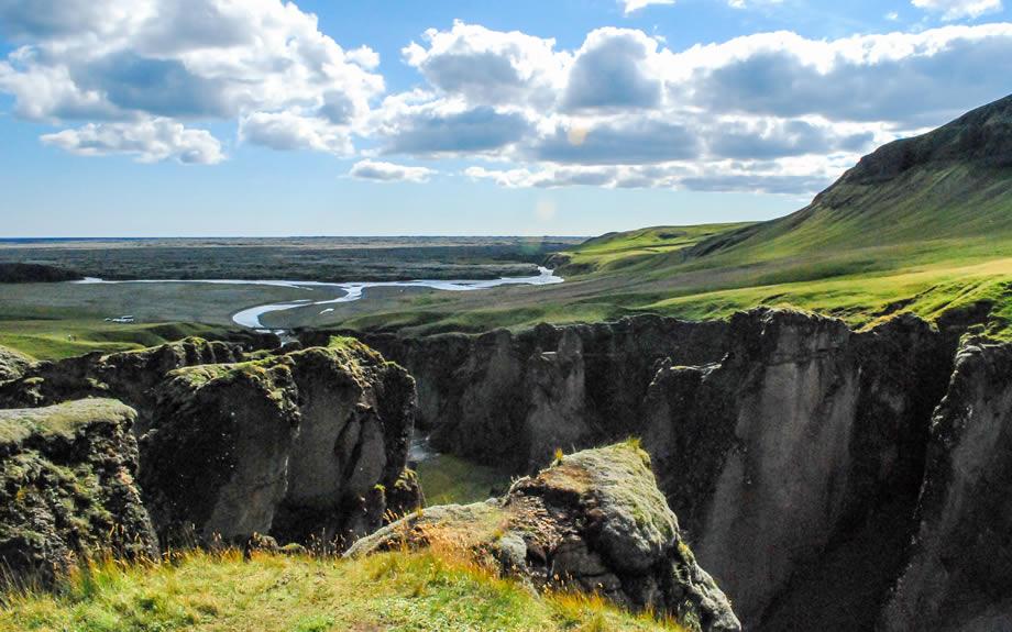 canyon di Fjaðrárgljúfur