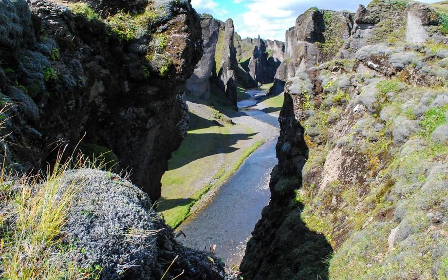canyon in Islanda