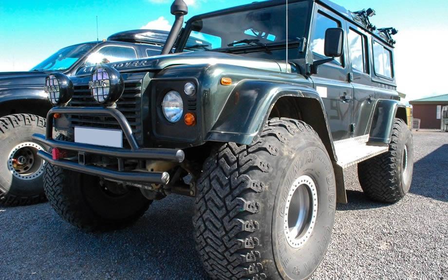 jeep modificate per tracciati islandesi
