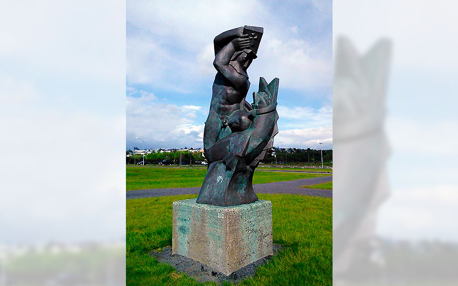 Altra statua di Ásmundur Sveinsson