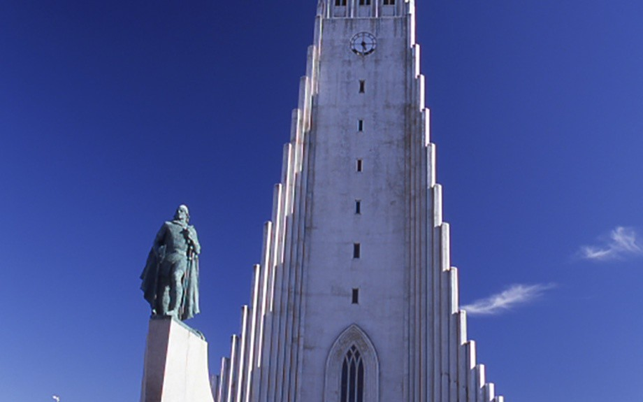 la chiesa di Hallgrímskirkja a Reykjavik - foto di M. Conforti