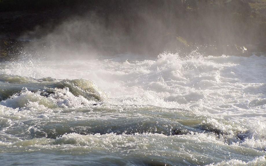 Rapide della cascata di Tröllafossar - F.to by Gilia A.