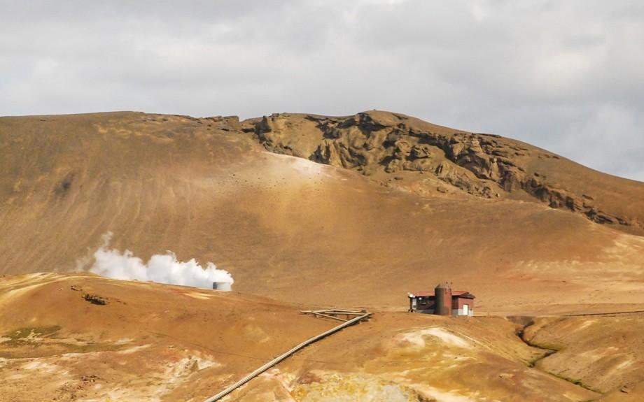 i colori della roccia islandese
