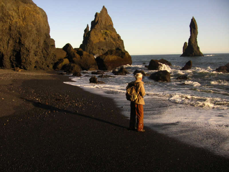 veduta di Vik in Islanda